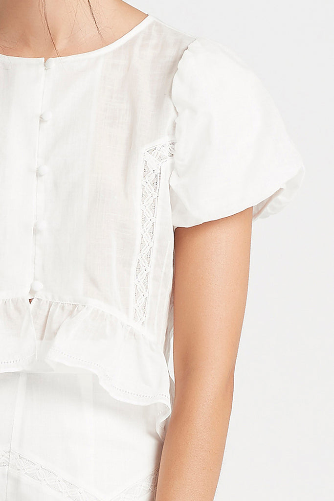 EMELIE CROPPED DETAIL SHIRT