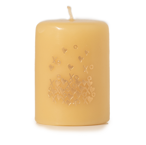 Hearts, Hugs & Kisses Candle