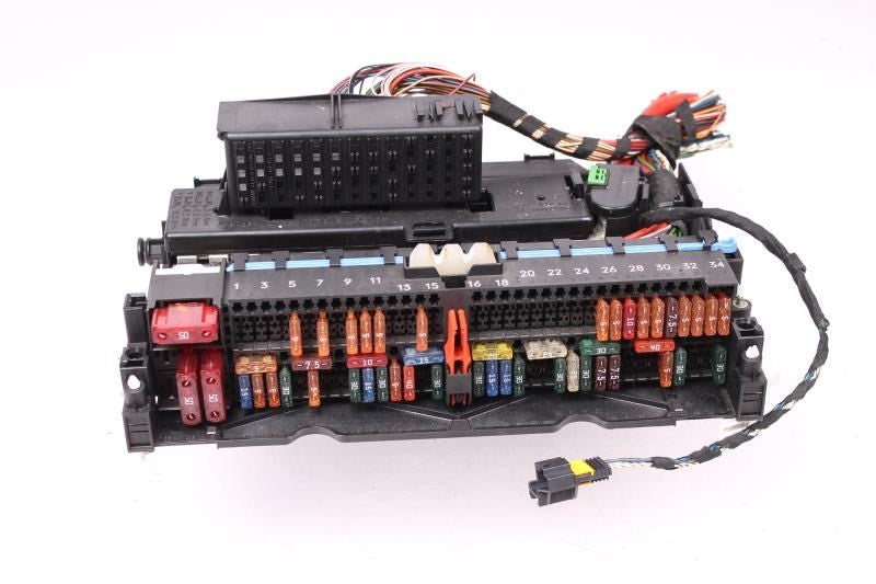 similiar 99 bmw 323i fuse box keywords bmw z4 e85 trunk fuse box 250a 250 amp mega megafuse panel cover