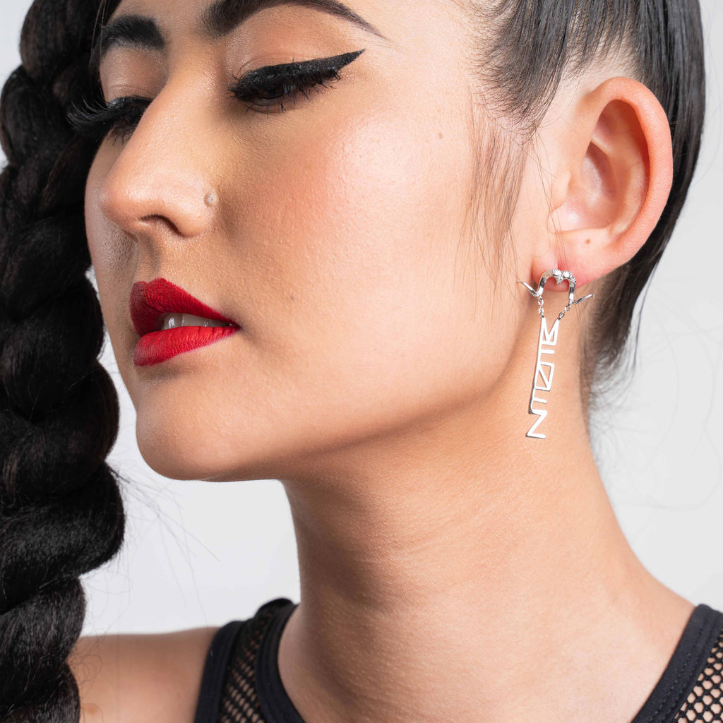 THE MENEZ BAEL SILVER DANGLE EARRINGS - MENEZ
