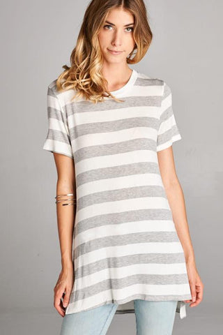 Side Slit and Rib Round Neck Detail Striped Top