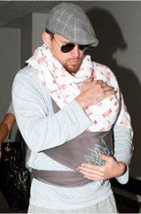 Channing Tatum in a Wings Moby Wrap