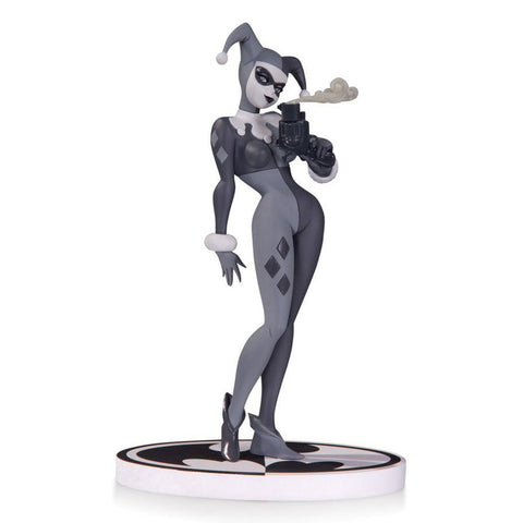 Batman: Black & White Statue - HARLEY QUINN by Bruce Timm, Second Edition - Domestic Platypus