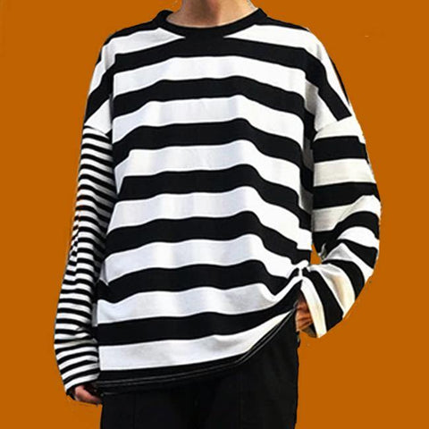 Xenomanc Oversized Black and White Stripe Extra-Long Sleeve Tee