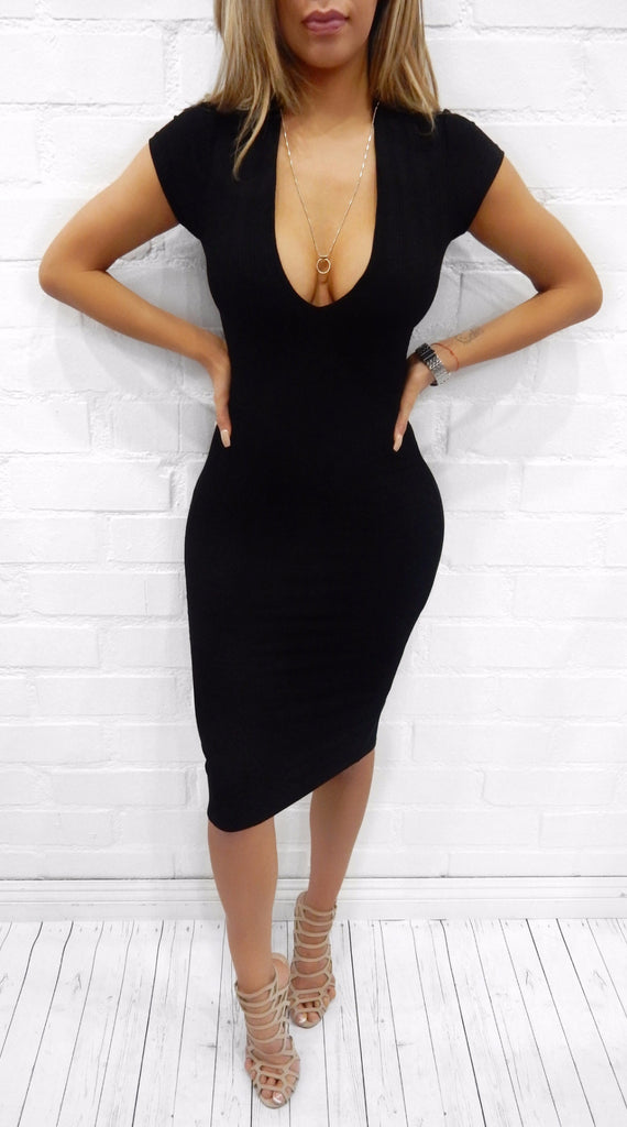 Thea v-neck Dress
