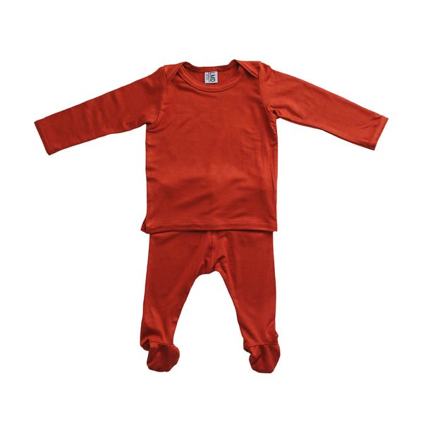 LITTLE NURSLING™ ESSENTIAL SNUGGLE SET | CRIMSON