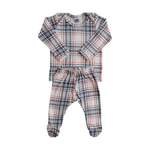 LITTLE NURSLING™ ESSENTIAL SNUGGLE SET | WINTER PLAID