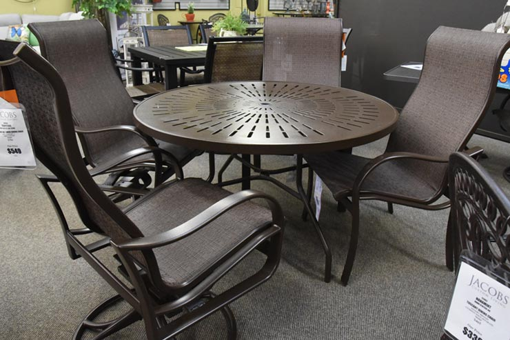 "The Tropitone La'Stratta 48"" Umbrella Dining Table"" is available in our Jacobs Custom Living Spokane Valley showroom."