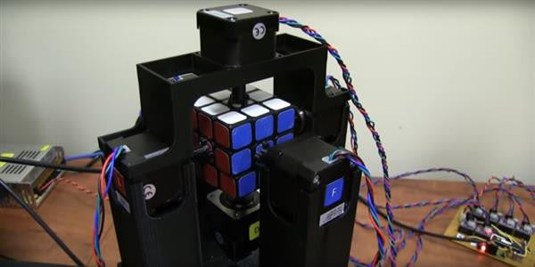 Solving A Rubik's Cube With A 3D Printed Robot In 2 Seconds