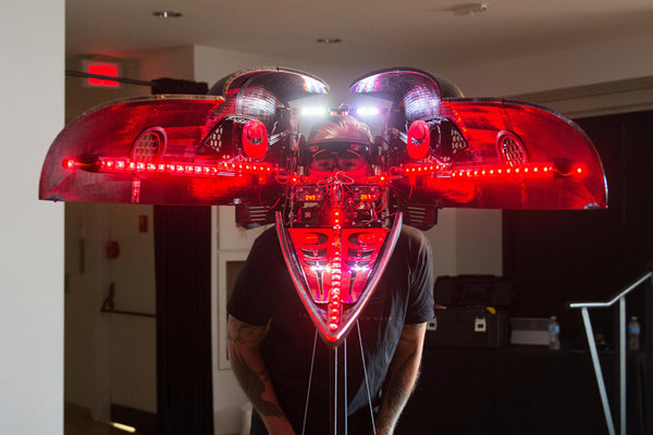3D Printed Transformation Masks Showcases a Unique Hololens Experience