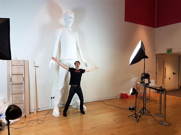 YouTuber Bags World Record for Tallest 3D Printed Human Sculpture
