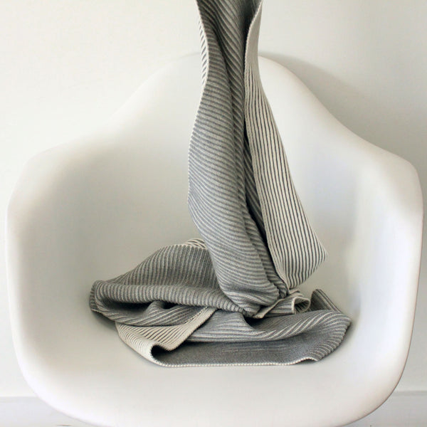 koko's nest | LINE 100% organic cotton baby blanket GREY