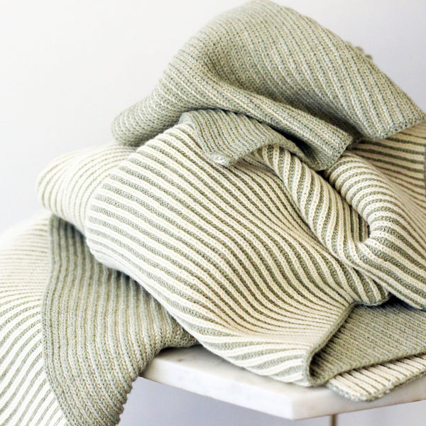 THROW / LINE organic cotton SAGE