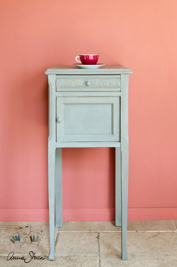 Chalk Paint™ French Linen