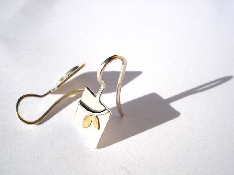 earrings with branch design