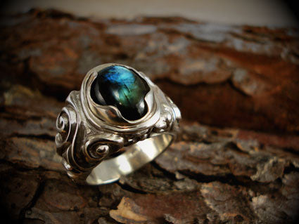 labradorite celtic ring
