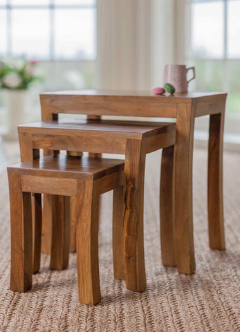Myakka Tables