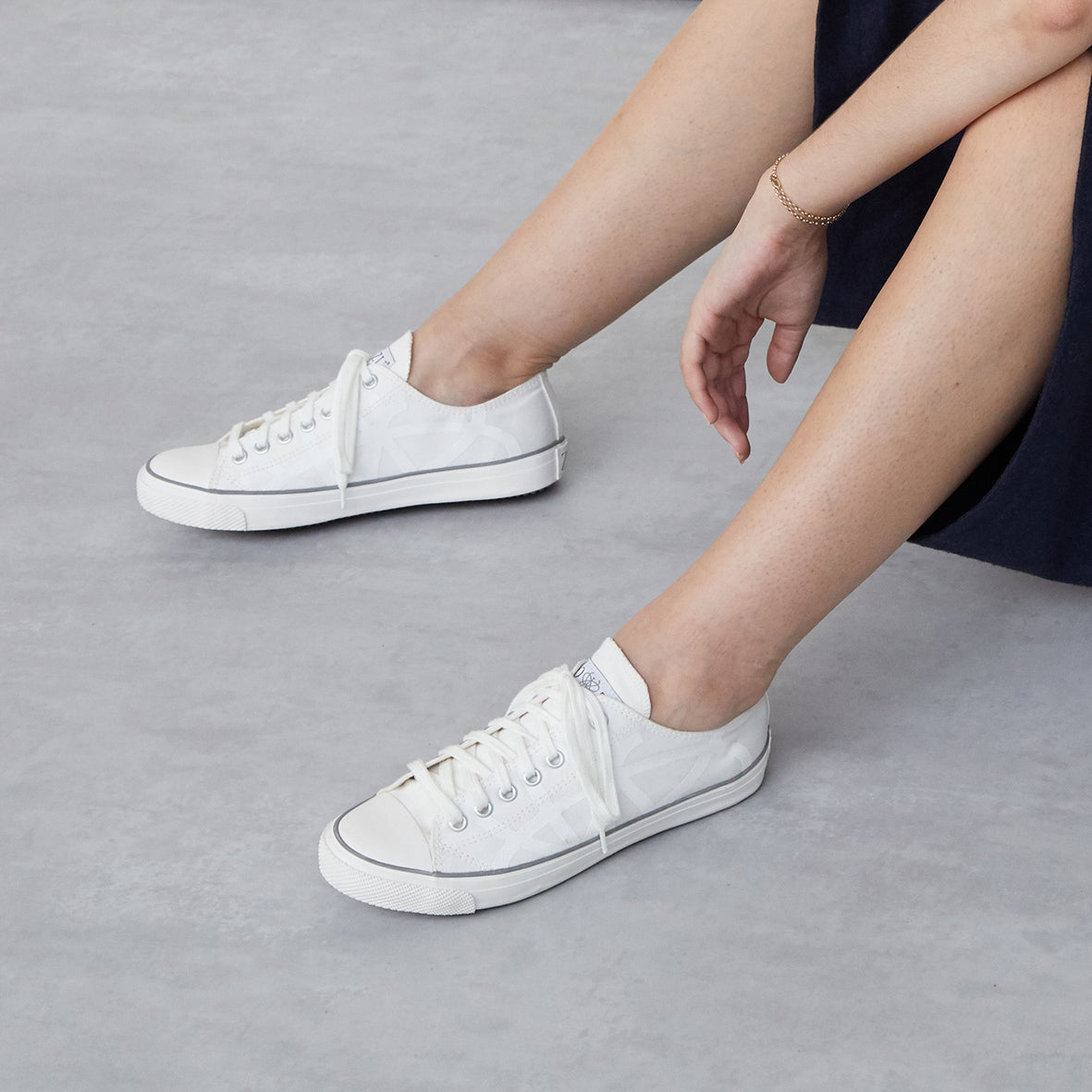 Men/'s//Women Full White Sneakers Trainers very comfortable Unisex Casual Shoes