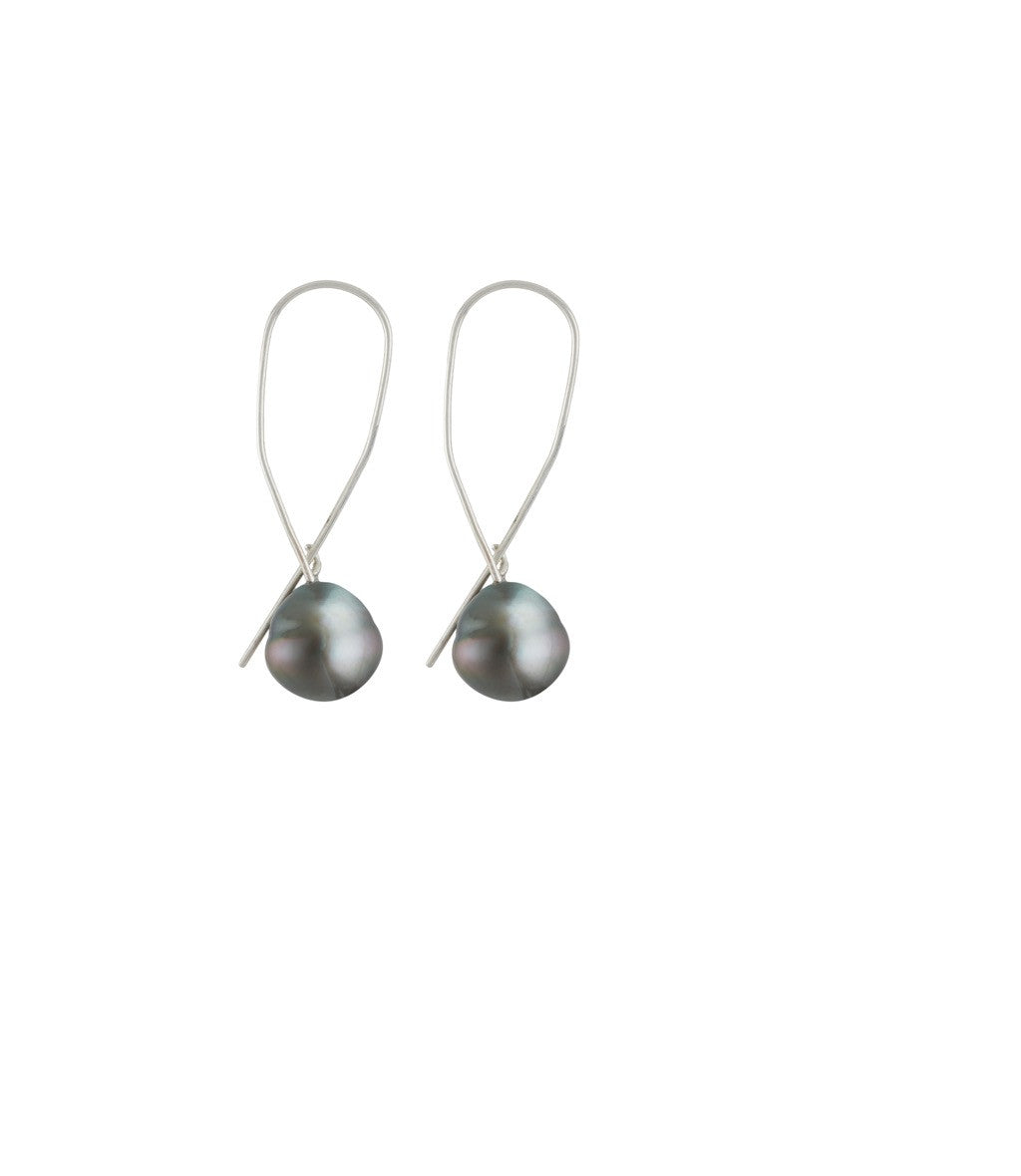 Simple Pearl Swag Earrings