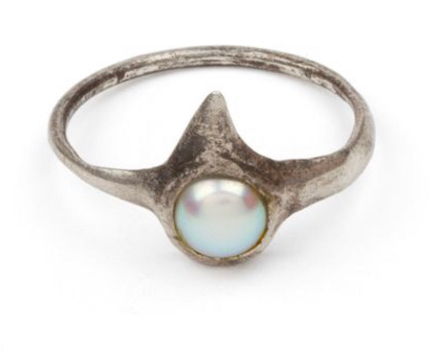 *Pearl with Thorn Ring