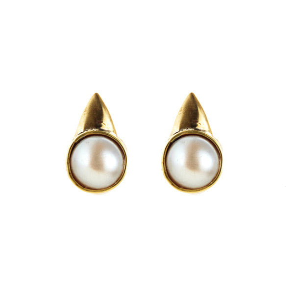 *Pearl with Thorn Stud Earrings