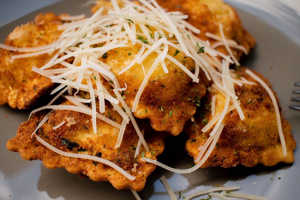 Fried Ravioli with Spicy Marinara Sauce