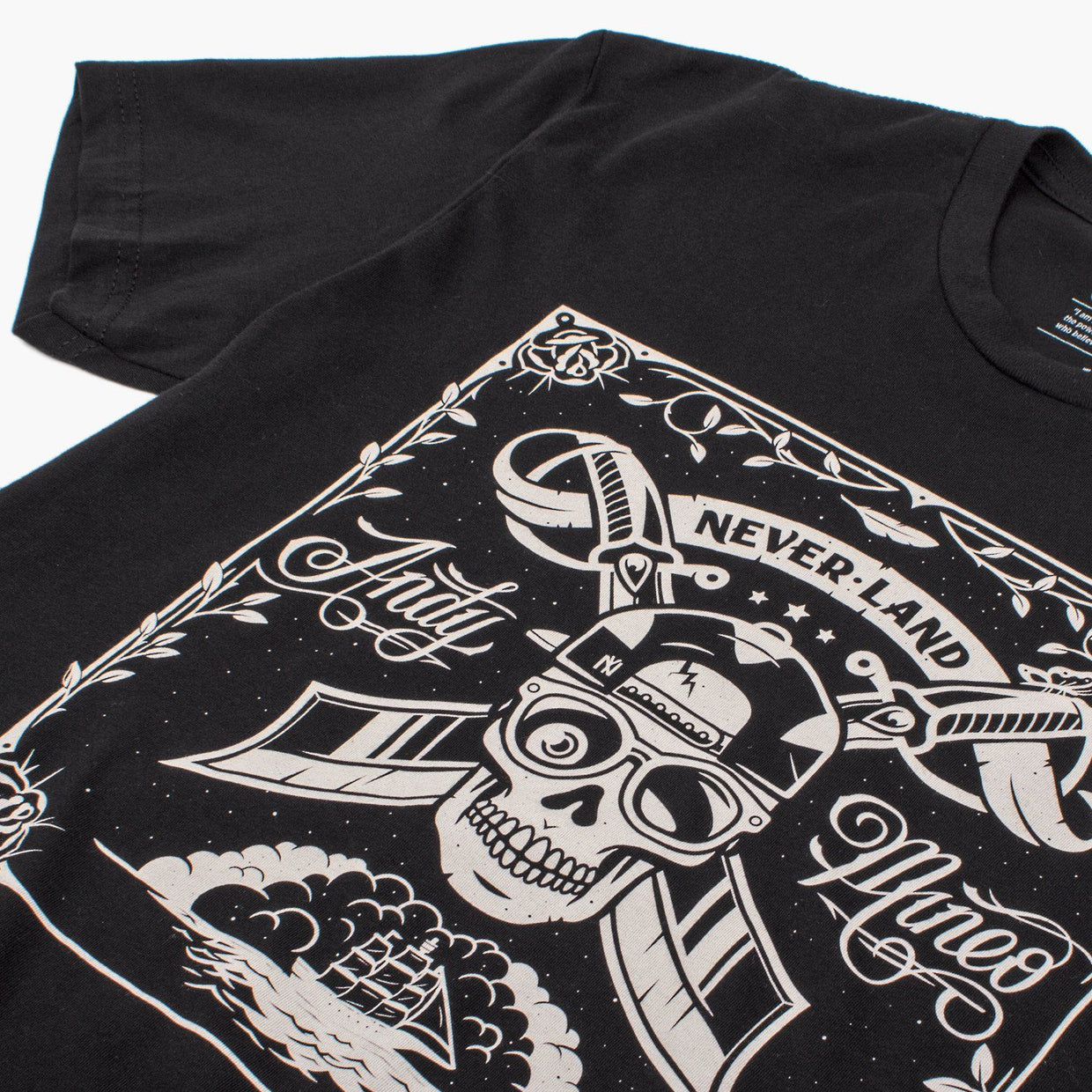 Andy Mineo 'Never Land Skull' T-Shirt - Close
