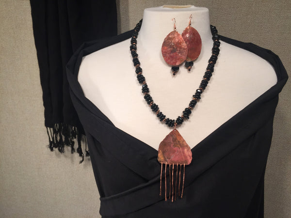 Black Onyx and Copper Necklace Set CLOSEUP