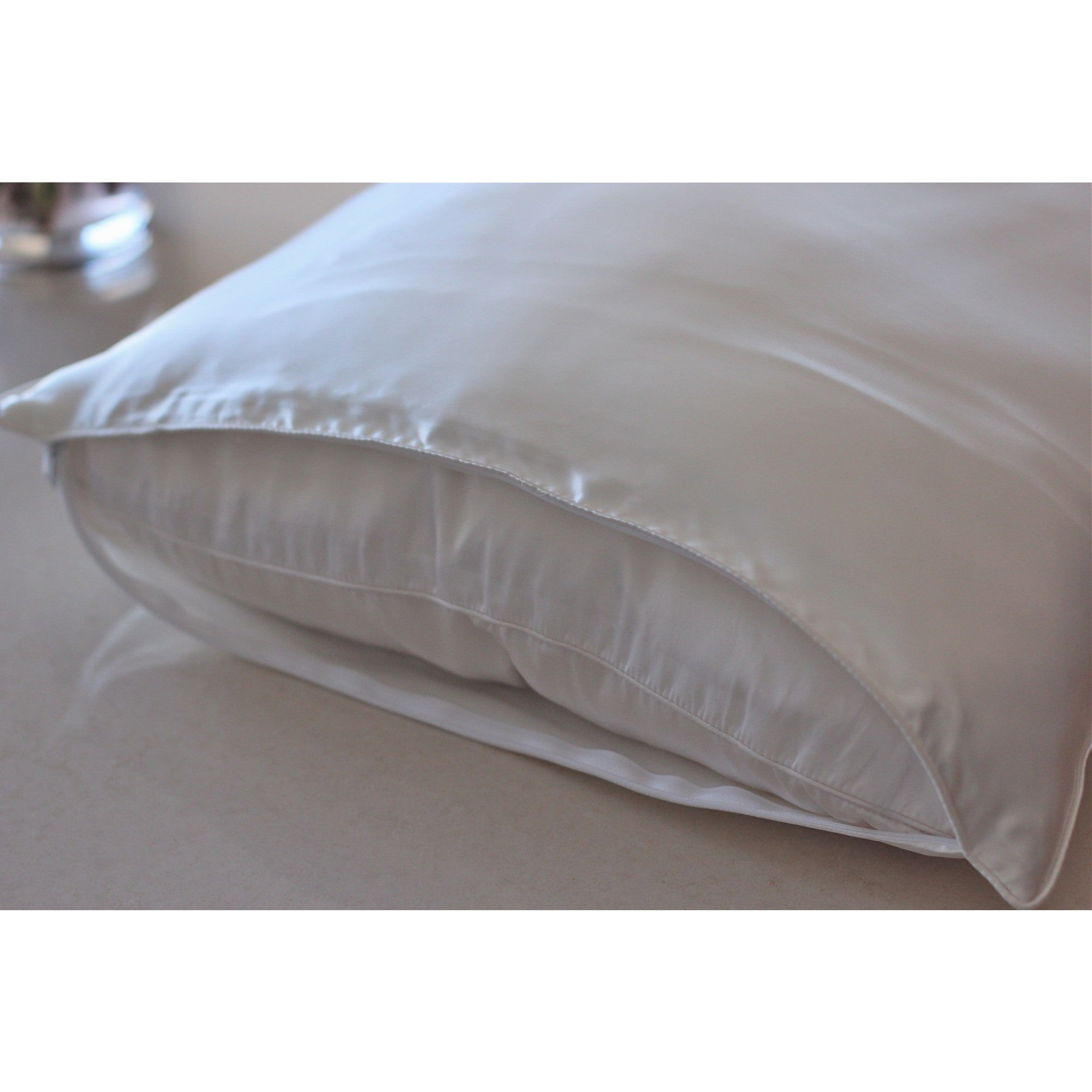 bath product today cotton mulberry hypoallergenic overstock silk bedding grand shipping comforter white filled haven luxe free