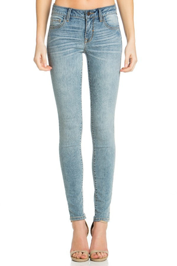Basic Light Skinny Jeans
