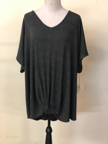V Neck Short Sleeve Knit Top Plus