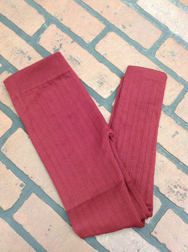 Little girl cable knit leggings