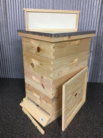 Medium Hive Kit (10 Frame)