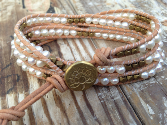 Timeless leather wrap bracelet with beautiful pearls and brass nuggets with a handmade button
