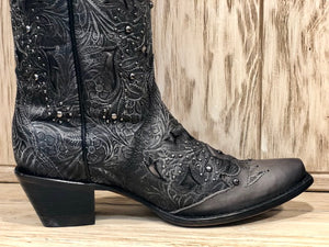 Load image into Gallery viewer, Corral Women's Black Embossed Studded Snip Toe Western Boots C3043 - Painted Cowgirl Western Store