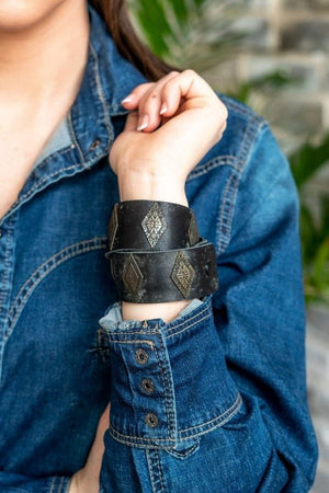 Black Leather & Triangle Pendant Wrap Bracelet AN-003-BLK - Painted Cowgirl Western Store