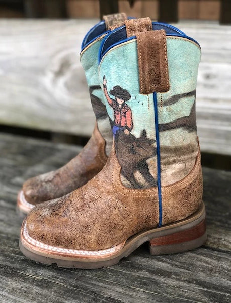Women's Studded Patch Cowgirl Boot Square Toe - C2991
