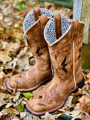 Load image into Gallery viewer, Laredo Women's Tan Spellbound Square Toe Western Boots 5661