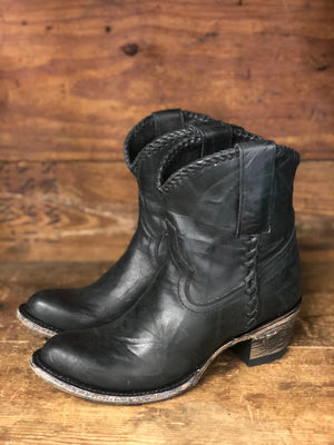 Load image into Gallery viewer, Lane Boots Women's Plain Jane Wrinkled Black Shortie Ankle Boot LB0359E