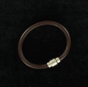Twisted Men's Smooth Leather Bracelet 32516