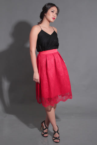 ELLA LACE SKIRT IN RED