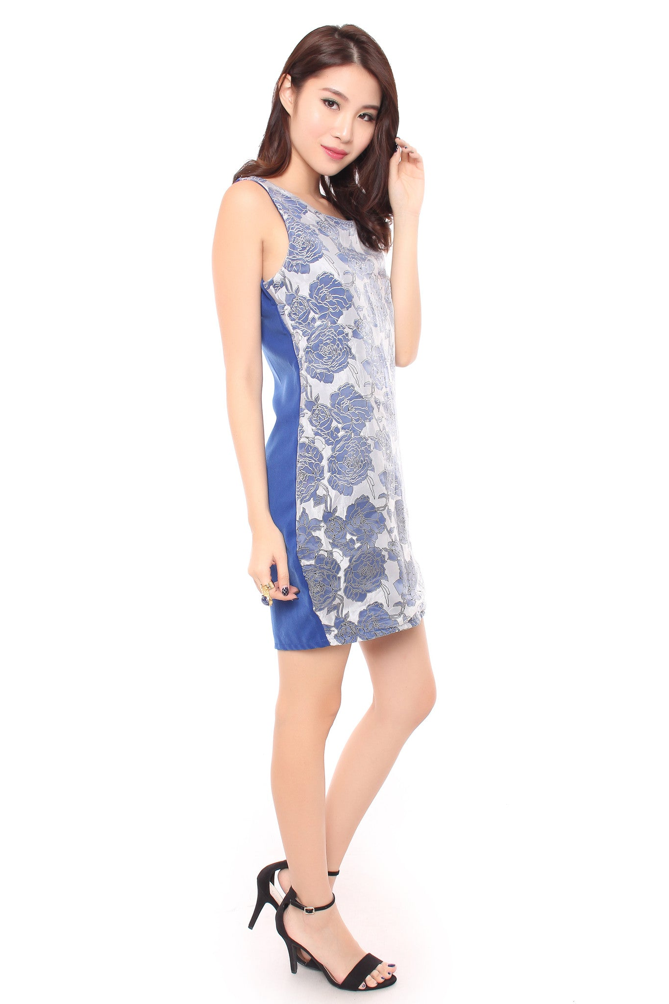 FLORAL ORIENTAL DRESS IN BLUE