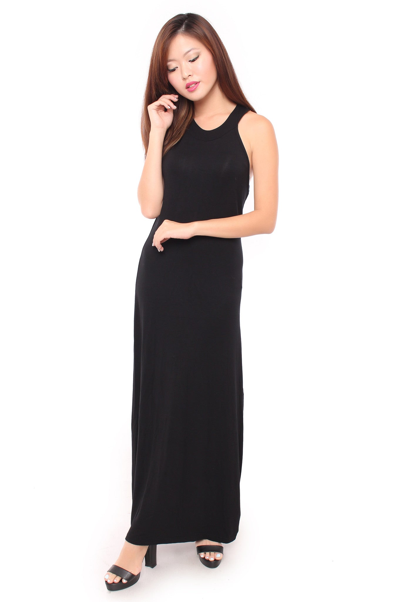 CURVED EDGE MAXI IN BLACK