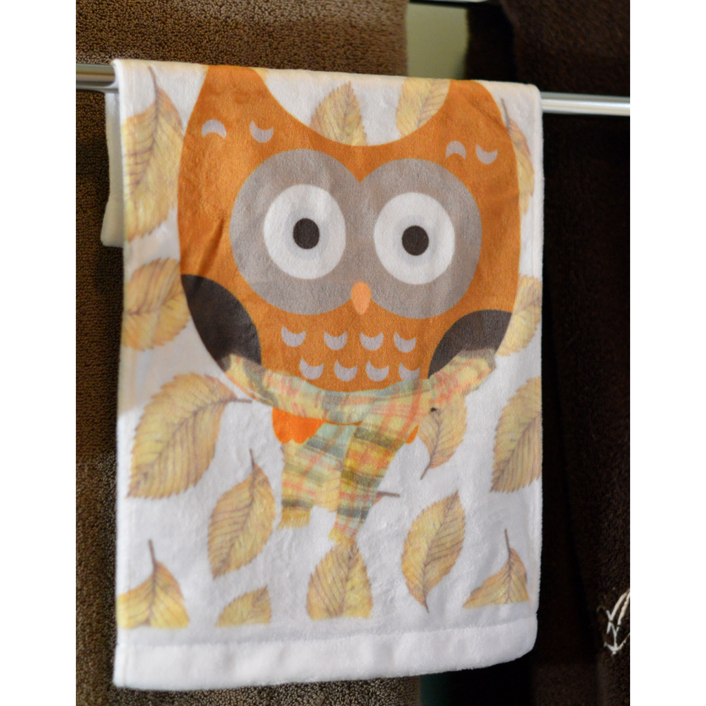 Fall Owl - Towel - Aspireimaginary