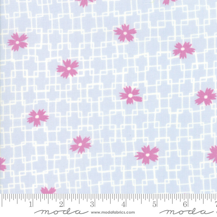 Fine and Sunny by Jen Kingwell for Moda Fabrics - Trellis Blue Heaven 18172 19