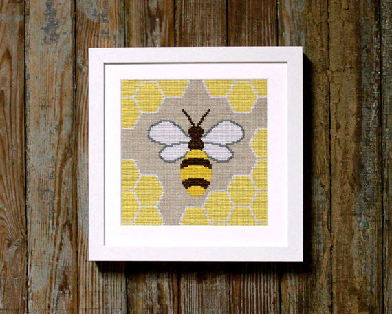 Honey Bee - Cross Stitch - PDF Download