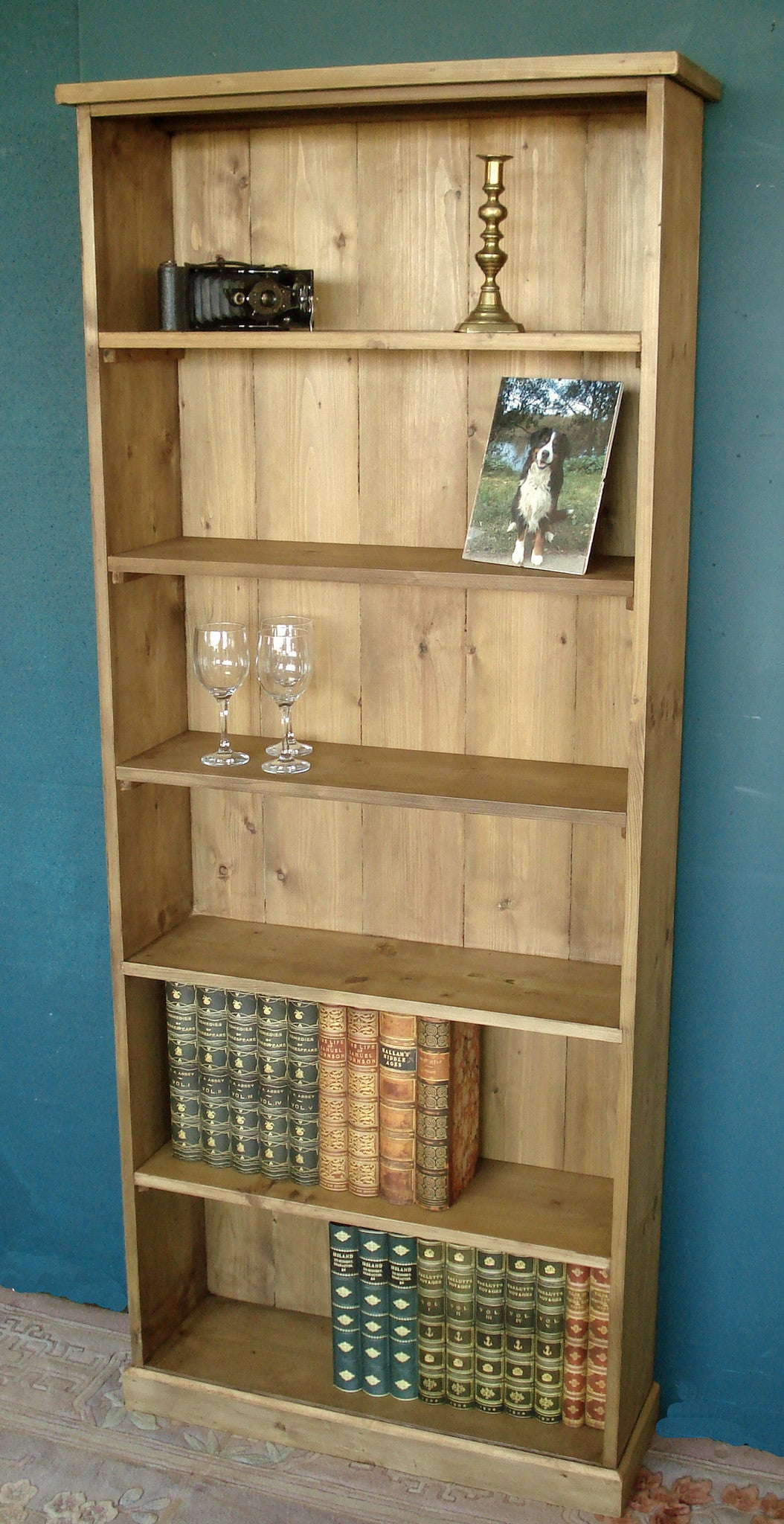 Honeypine Bookshelves Made to Measure.