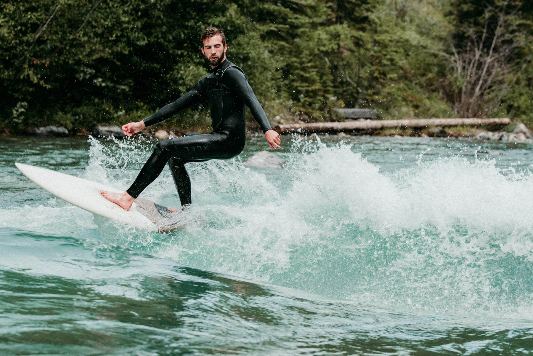 Luke making turns at Kan'. Photo: Chelsea Mackenzie