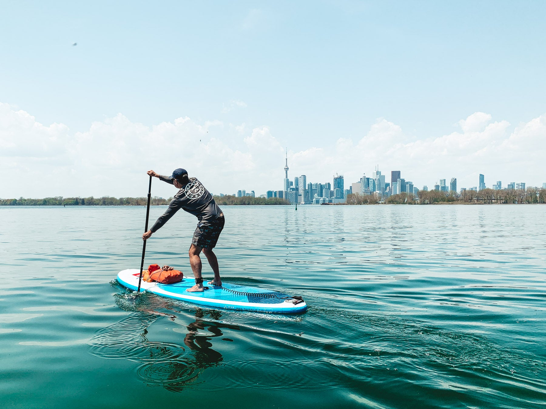 Learn to stand-up paddle board SUP tours Toronto