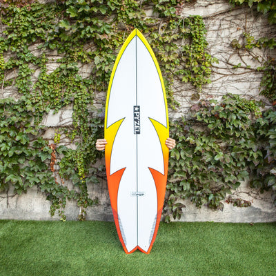 Pyzel Surfboards 6'0 Astro Pop